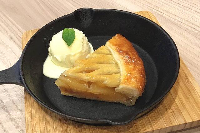 アップルパイ withバニラアイス